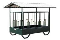 horse feeder 4