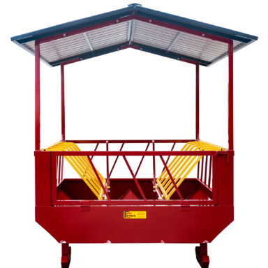 round bale hay feeder with roof and closed gate door